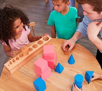 Estudiar la Maestría Internacional en Pedagogía Montessori + Maestría Internacional en Psicología Infantil y Adolescente